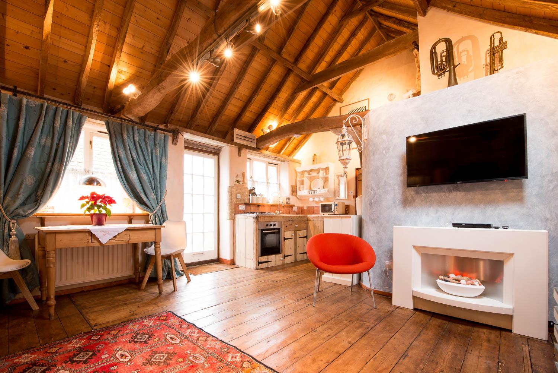 Snow Cottage