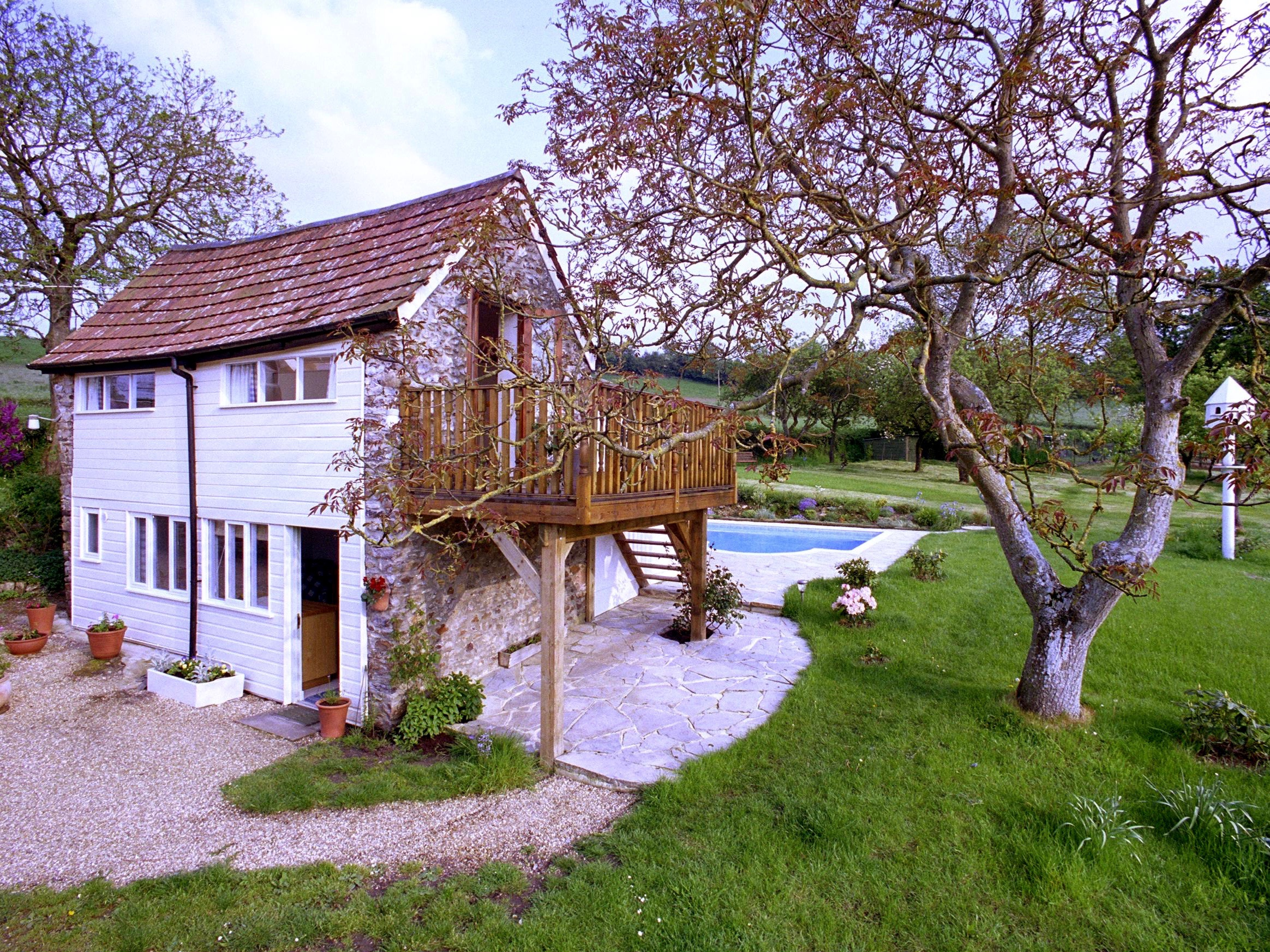 Cottage breaks with swimming pool + BBQ  in The Blackdown Hills, South West, West Country