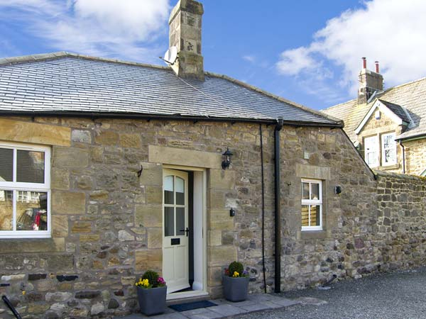 Puffin Dog Friendly Holiday Cottage, Alnmouth, Northumberland