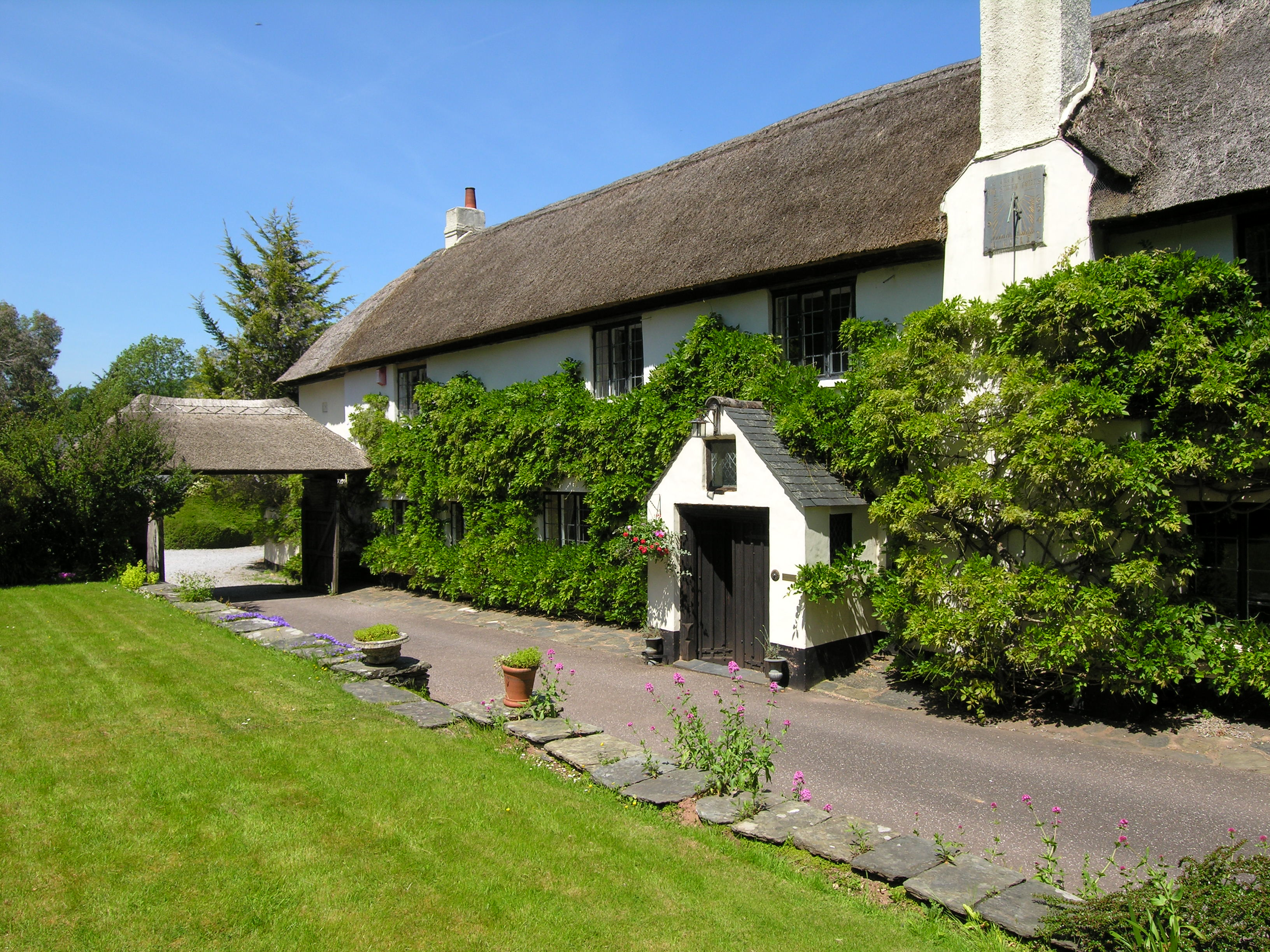 Pets welcome accommodation with a pool  in Exmoor, South West, West Country