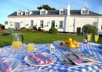 Dog-friendly cottage with swimming pool  in North Devon, South West, West Country