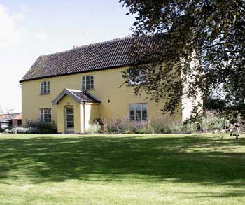 Cottage ; Large Country House ; Farmstay ;