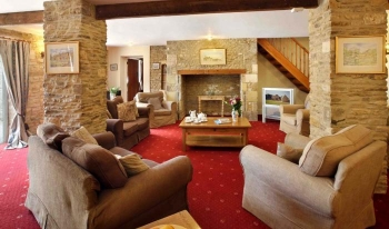 Dog friendly sleeps 2 in Cotswolds