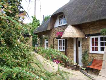Tythe Barn Cottage - Gloucestershire