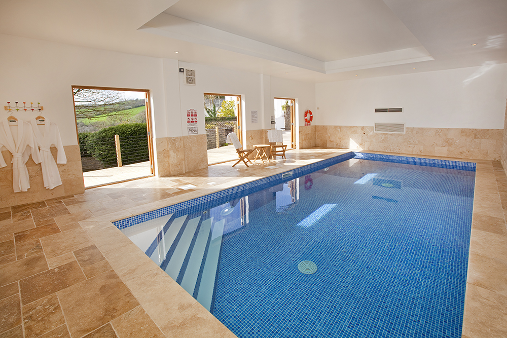 Big holiday cottages with a pool  in South West, West Country