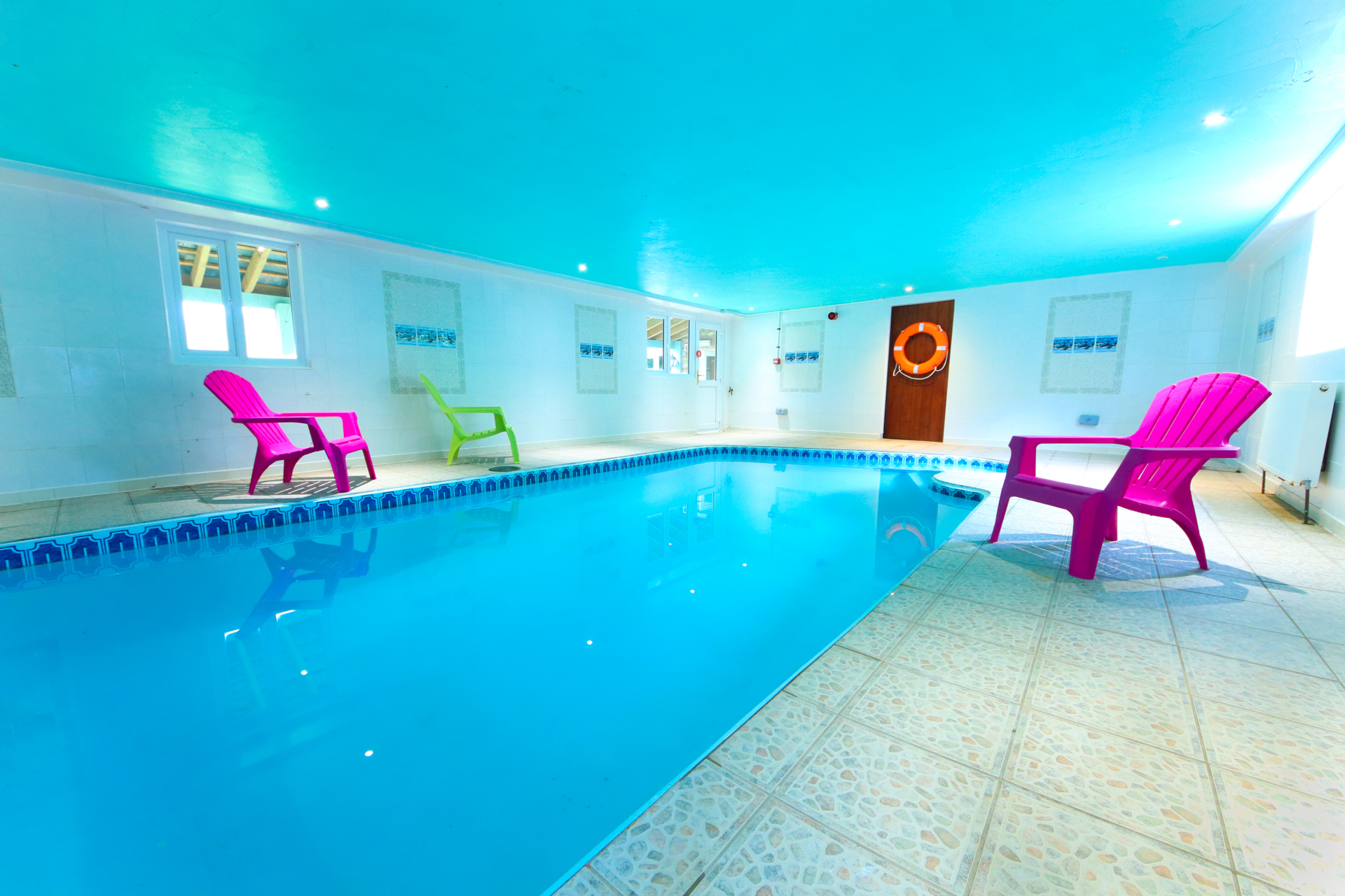 Holiday accommodation + swimming pool  in East Devon, South West, West Country
