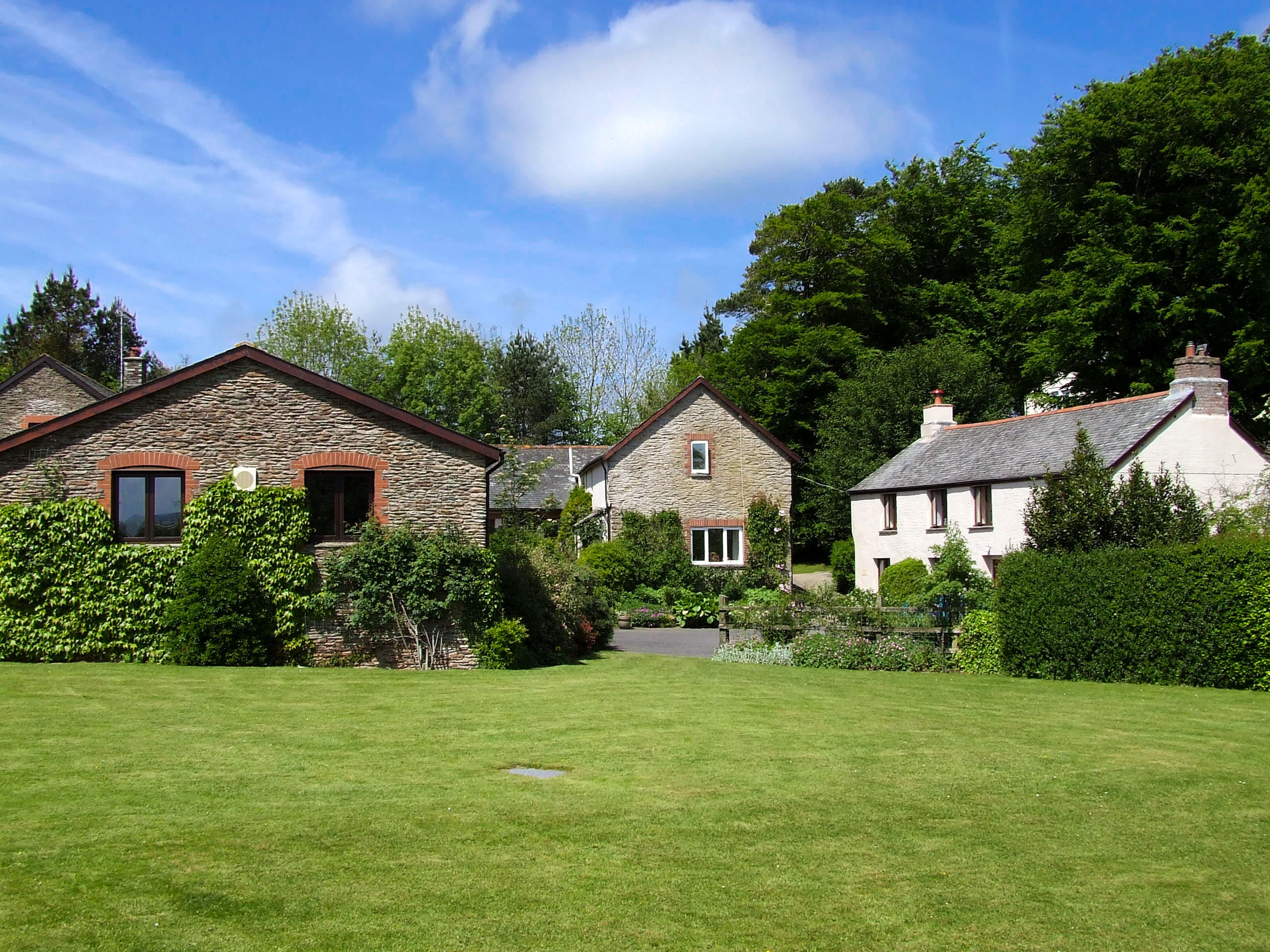 Cottages With A Swimming Pool In West Country South West Cottage With Swimming Pool Combe