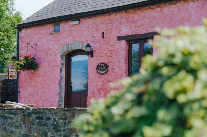 Ty Tanglwyst Farm Cottages