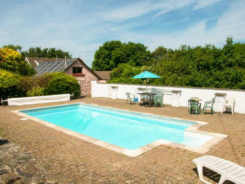 Holiday accommodation + swimming pool  in Mid Wales