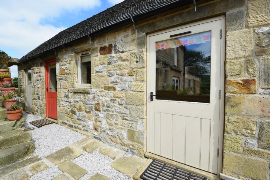 Gaia Lodge, Upper Hurst Farm