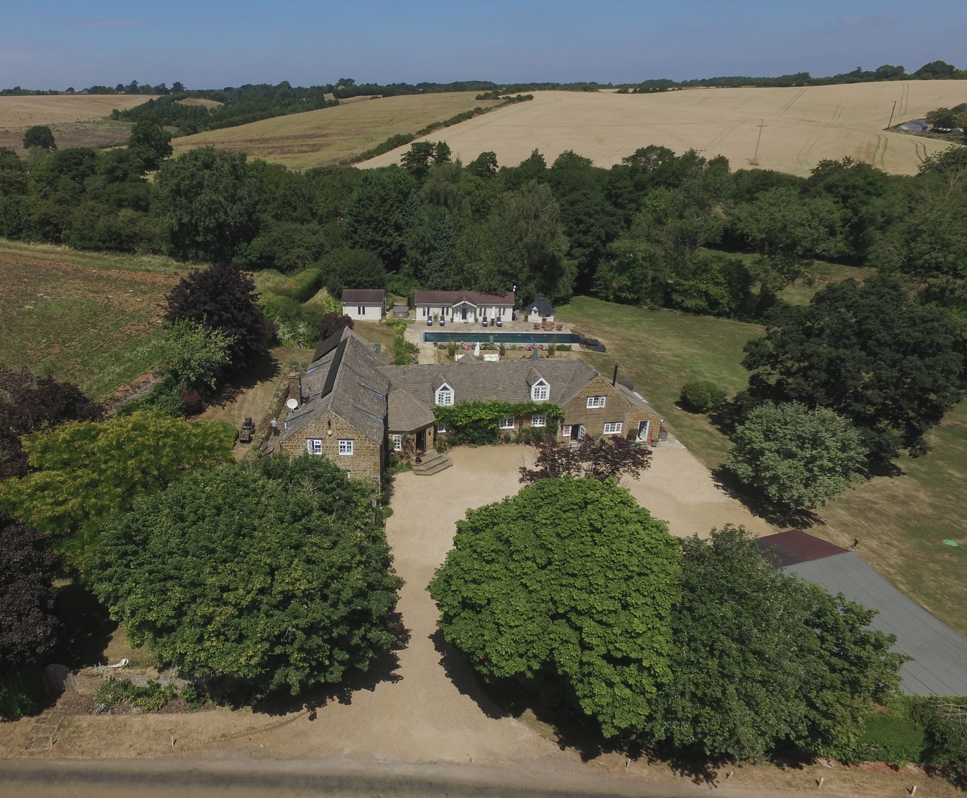 Holiday homes with a pool  in The Cotswolds