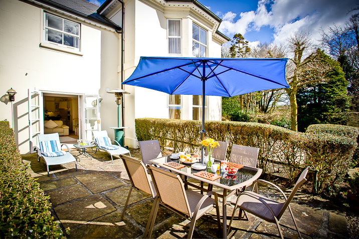 Cottage breaks with swimming pool + BBQ  in South Hams, South West, West Country