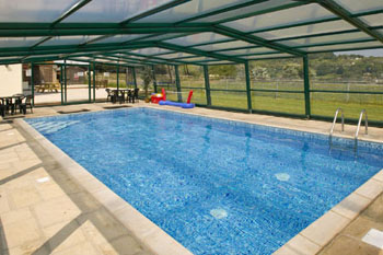 Holiday accommodation + swimming pool  in Forest of Dean, Cotswolds