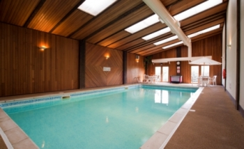 Holiday homes with a swimming pool plus barbecue  in South Devon, West Country, South West