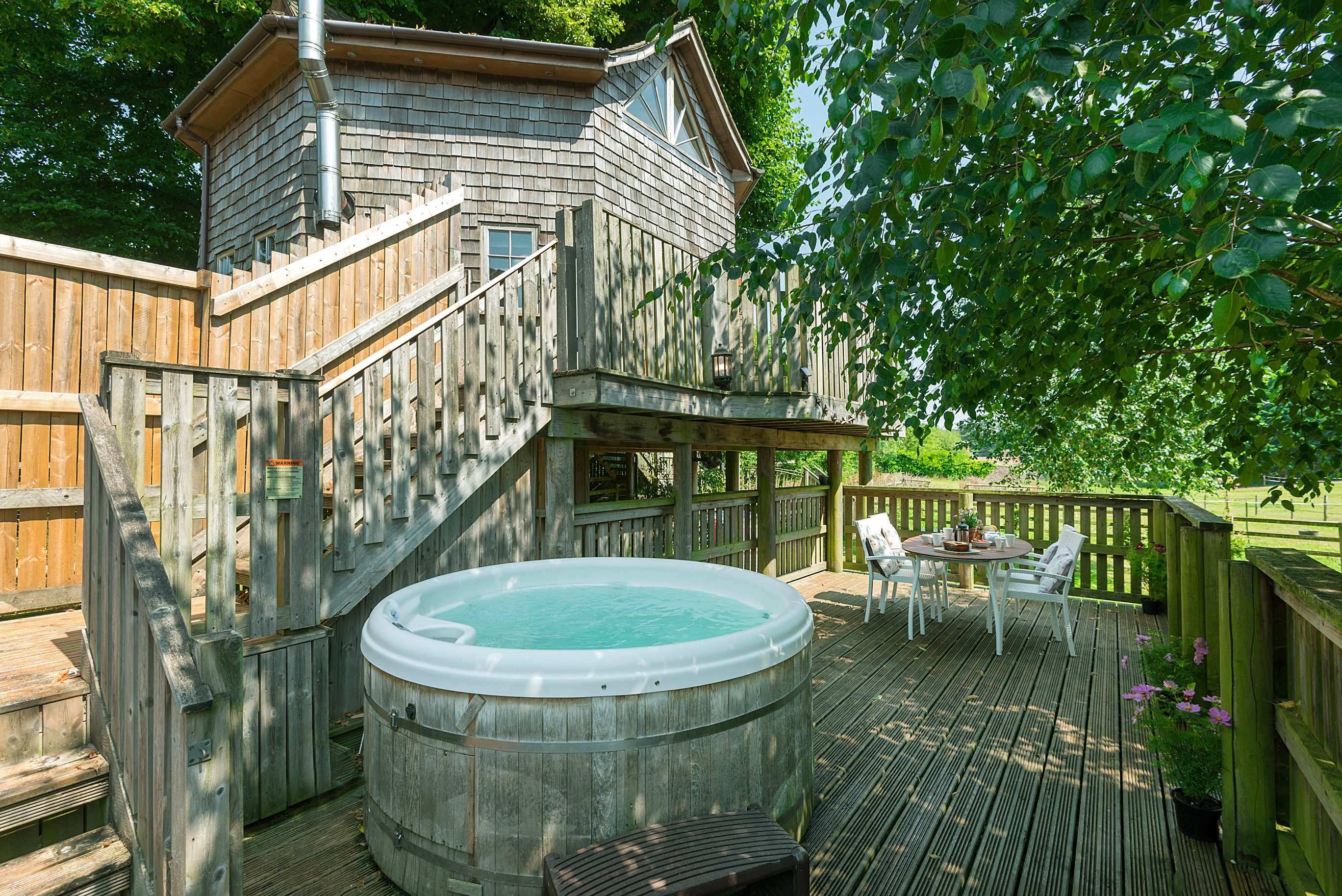 Cottage breaks with swimming pool + BBQ  in West Country, South West