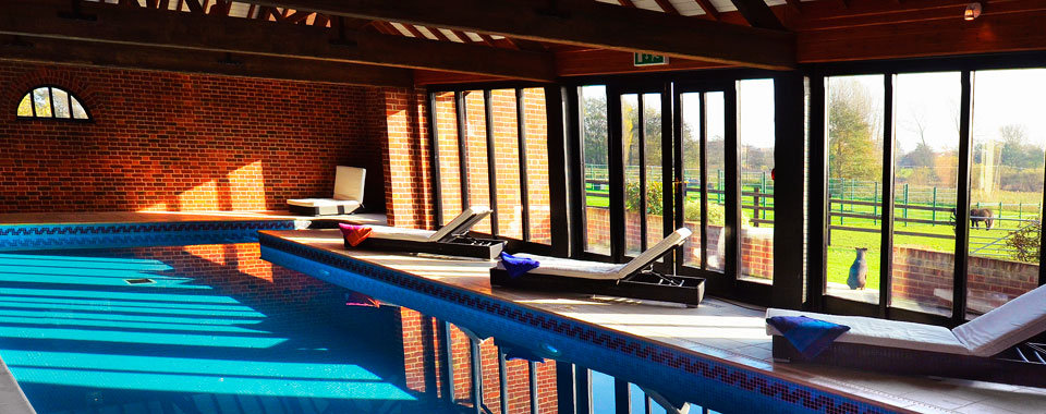 Holiday Homes With A Pool In The Norfolk Broads East Anglia Cottage With Swimming Pool Great