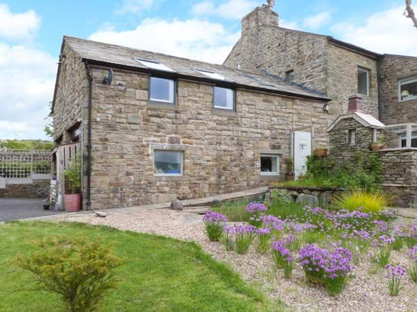 Cottage with barbeque couples in The Lake District and Cumbria