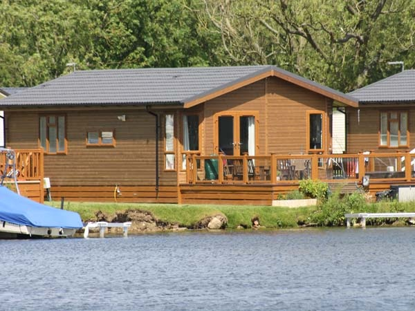 Lakeside Holiday Lodge