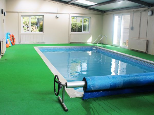 Holiday Homes With A Pool In Wales Cottage With Swimming Pool Newcastle Emlyn Carmarthenshire