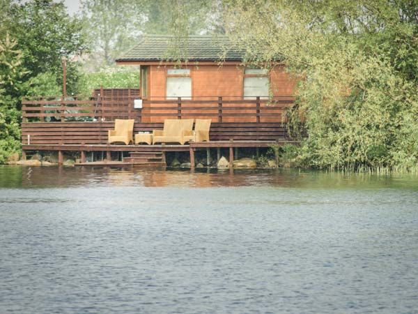 Cottage with pool for couples  in East Anglia