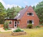 The Chalet dog friendly holiday cottage, Avon Heath Country Park, South West England , Dorset, England