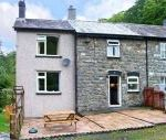 2 Llawrcoed Isaf dog friendly holiday cottage, Llanbrynmair, Mid Wales , Powys, Wales