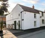 The White House dog friendly holiday cottage, Middleton On The Wolds, North York Moors & Coast , East Yorkshire, England