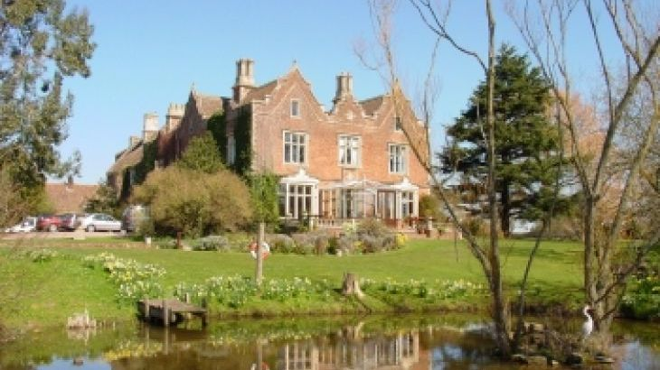 Cannington grange cottages bridgwater somerset countrycottagesonline net for Holiday homes in somerset with swimming pool