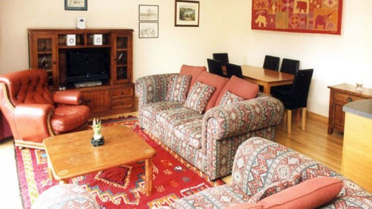 Nantusi Cottage Pet-Friendly Cottage, Kirriemuir, Central Scotland  - Photo 1