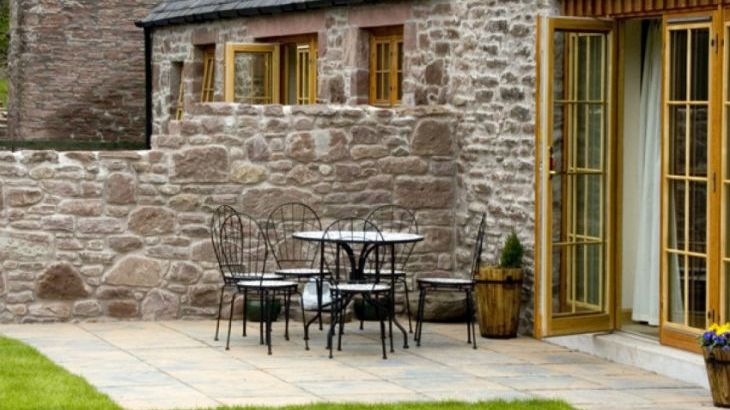 Nantusi Cottage Pet-Friendly Cottage, Kirriemuir, Central Scotland  - Photo 6