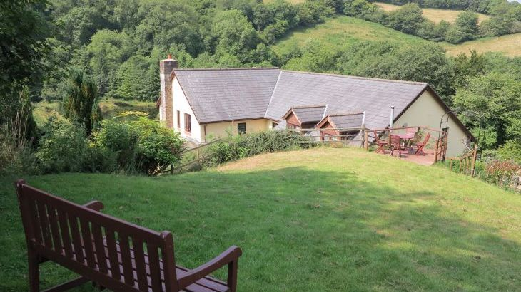 Acorn Retreat, at Oakmead House, edge of Exmoor - Photo 11