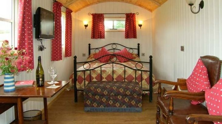 The Shepherd's Hut, Leighton, Heart of England - Photo 4