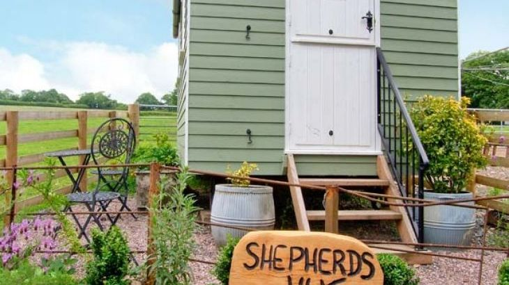 The Shepherd's Hut, Leighton, Heart of England - Photo 8