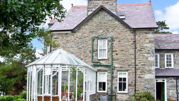 Pensarn Hall dog friendly holiday cottage, Llanbedr, North Wales  - Photo 3