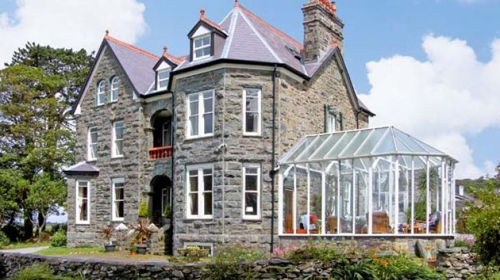Pensarn Hall dog friendly holiday cottage, Llanbedr, North Wales  - Photo 0