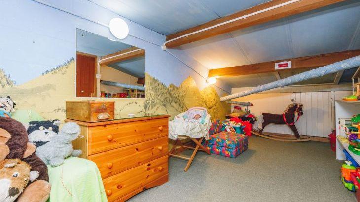Barlings Barn, sleeps  28,  Photo 23