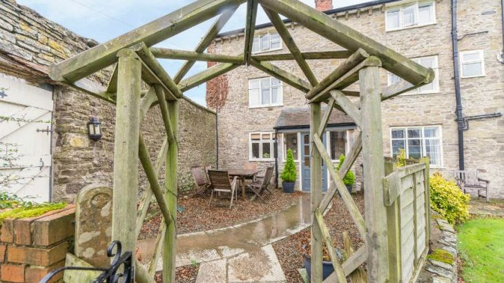 Rowton Manor dog friendly holiday cottage, Craven Arms, Heart Of England  - Photo 13