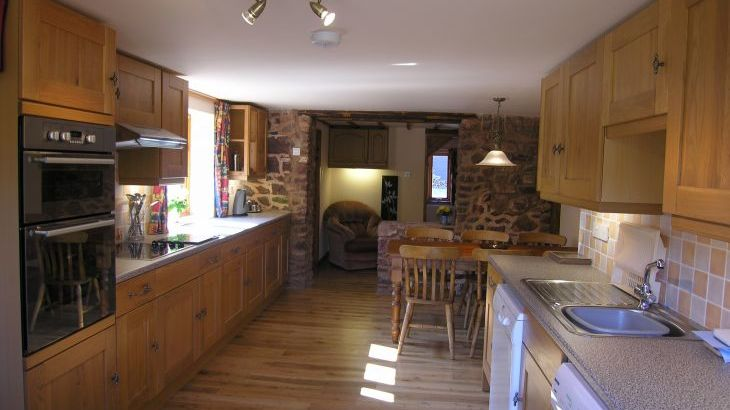 Duddings Country Cottages, sleeps  18,  Photo 6