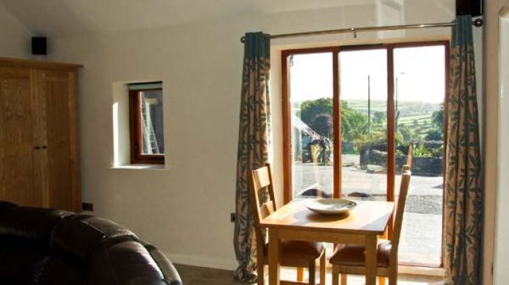 Swallow Barn Pet-Friendly Holiday Cottage, Near Bakewell - Photo 5