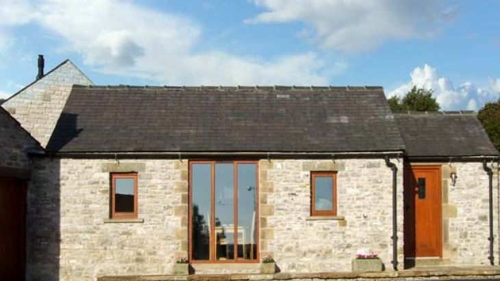Swallow Barn Pet-Friendly Holiday Cottage, Near Bakewell - Main Photo