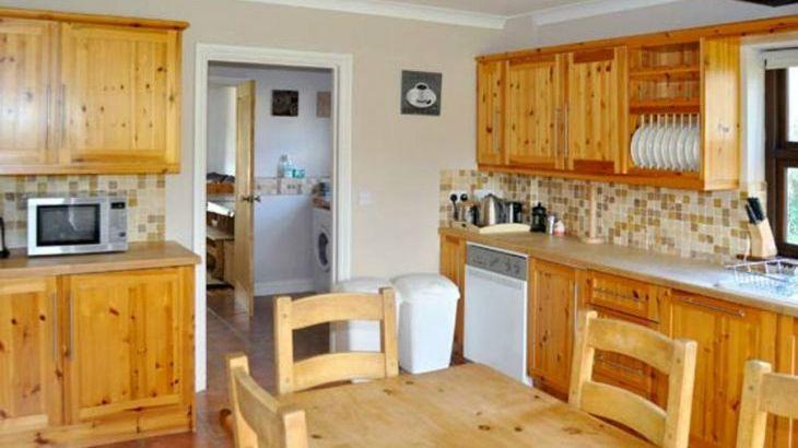 Dyffryn House, Kidwelly, South Wales , sleeps  12,  Photo 4