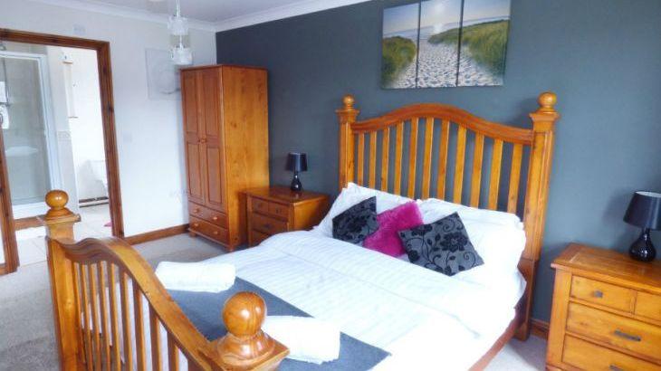 Dyffryn House, Kidwelly, South Wales , sleeps  12,  Photo 14