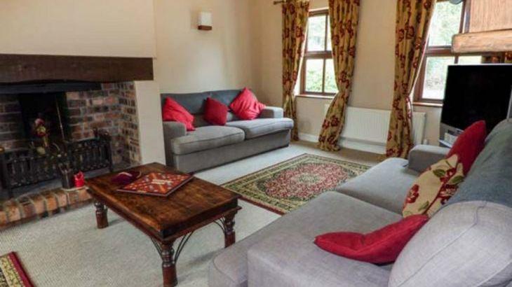 Dyffryn House, Kidwelly, South Wales , sleeps  12,  Photo 10
