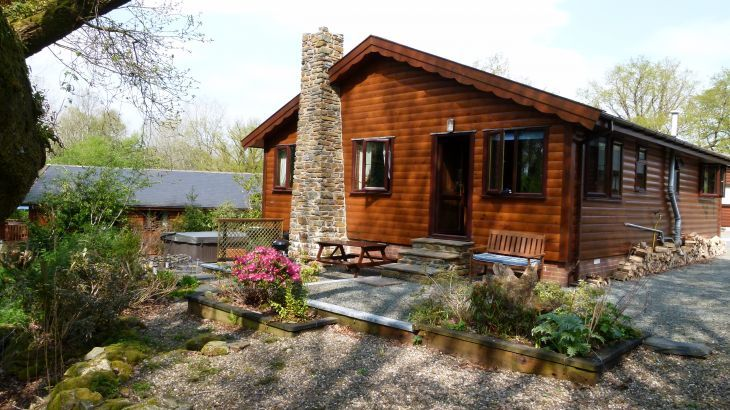 Milk Wood Lodges: Wnion Wood - Main Photo