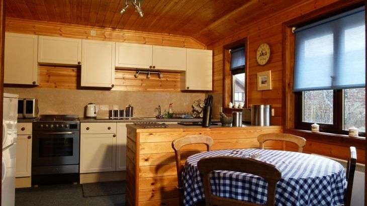 Milk Wood Lodges: Wnion Wood - Photo 4