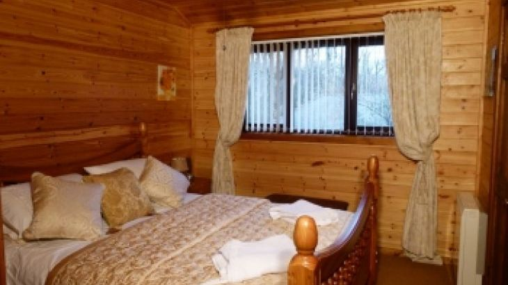 Milk Wood Lodges: Wnion Wood - Photo 6