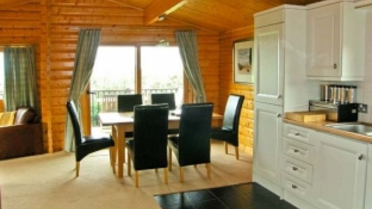 Ty Pren Pet-Friendly Holiday Cottage, South Wales  - Photo 2