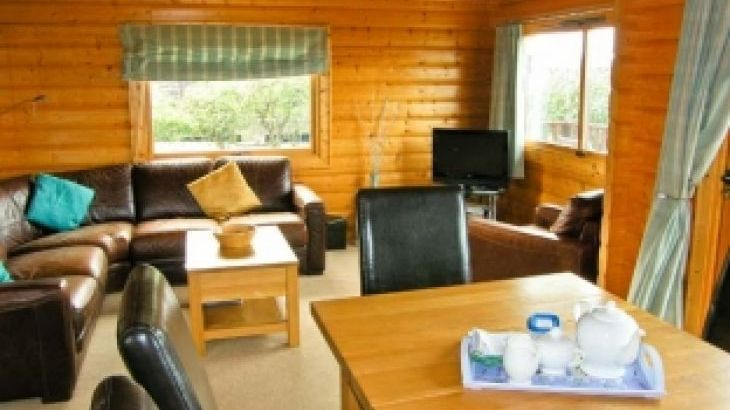 Ty Pren Pet-Friendly Holiday Cottage, South Wales  - Photo 4
