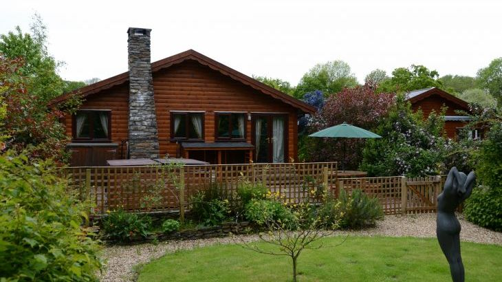 Milk Wood Bach Log cabin for 2 to 3 people - Main Photo