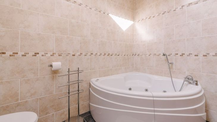 The Victorian Barn Self Catering Holidays with Pool & Hot Tubs, Dorset. - Photo 9